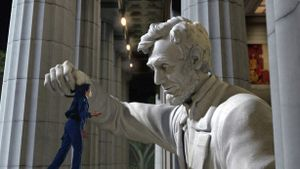 NightAtTheMuseum2-Lincoln